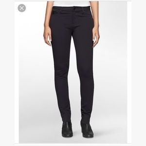 3/30 Calvin Klein   Navy Jeggings Black Leather